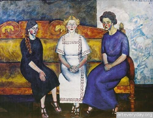 Три сестры на диване. 1911 г.